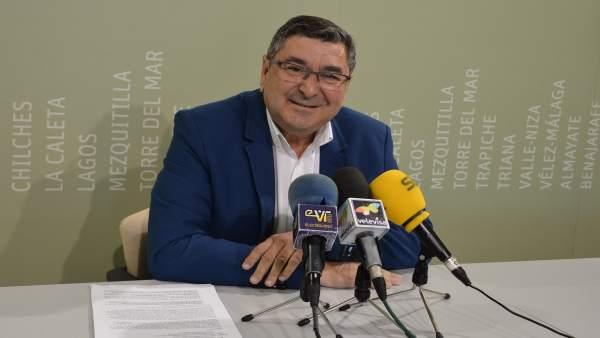Alcalde de Vélez-Málaga, Moreno Ferrer, en rueda de prensa