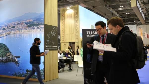 NP Euskadi Se Exhibe WTB Londrespo