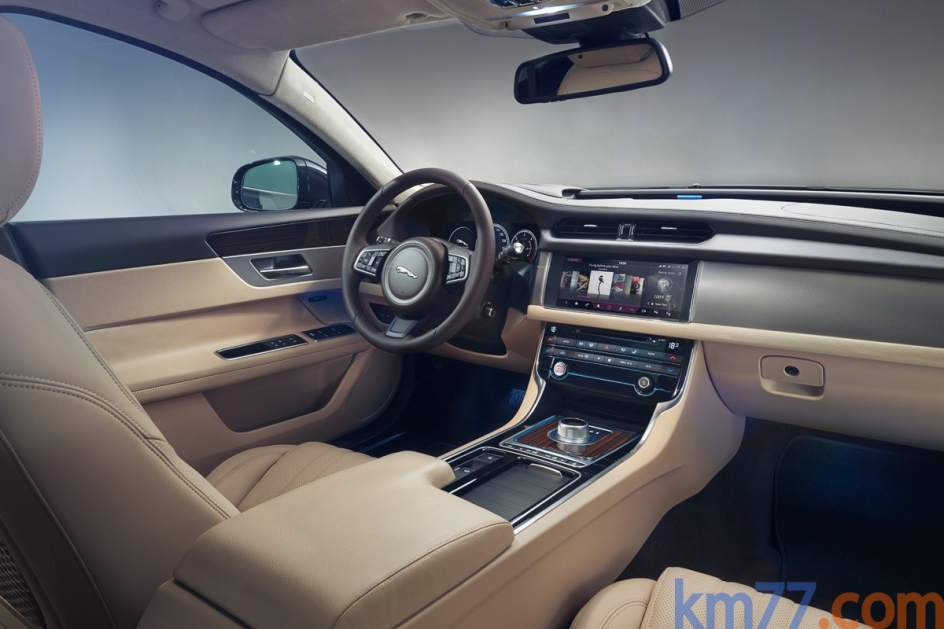 Aspecto interior del Jaguar XF