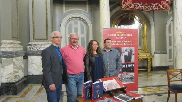València commemora el seu 80 aniversari com a capital republicana amb un llibre, exposicions i un homenatge