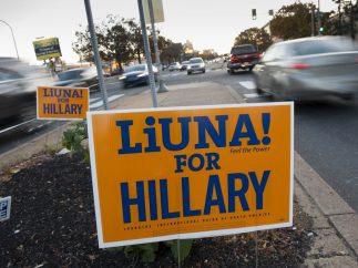 Cartel en apoyo a Clinton