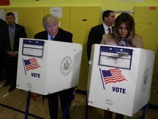 Trump vota junto a su mujer Melania
