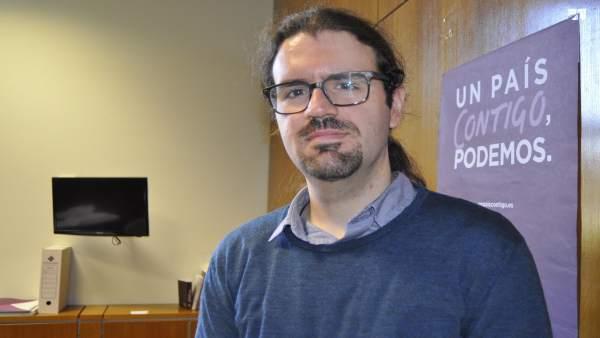 El diputado de Podemos en las Cortes de Aragón, Héctor Vicente
