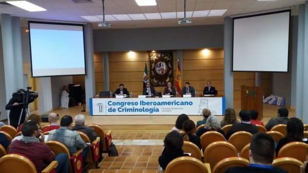 Congreso de Criminología en Cáceres