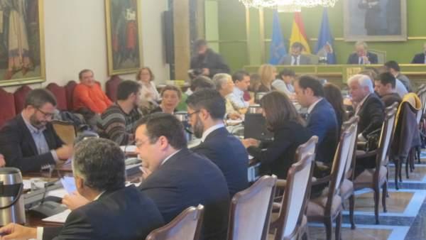 Pleno municipal del Ayuntamiento de Oviedo.