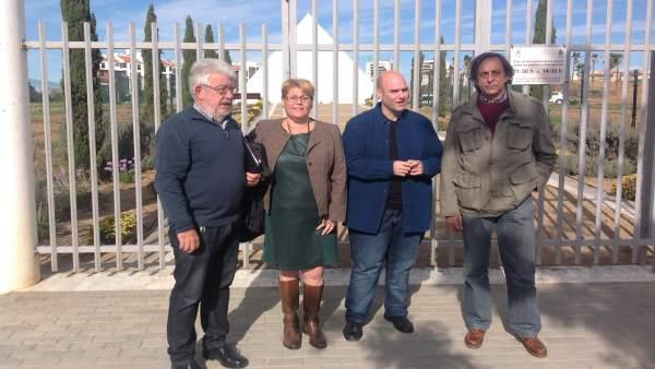 María del Carmen Moreno y Sergio Brenes en rueda de prensa
