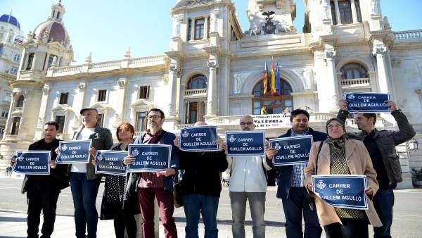 """Entitats exigixen a l'Ajuntament de València que dedique un carrer a Guillem Agulló després de 5 mesos """"sense resposta"""""""
