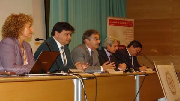 Jornadas sobre la responsabilidad social de las industrias en la UHU.