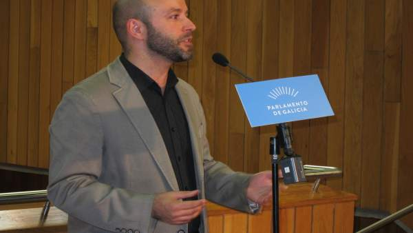 Luís Villares en el Parlamento.