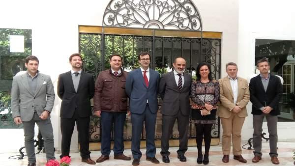 Junta directiva de la Asociación de Empresarios de Hospedaje de Córdoba (Aehcor)