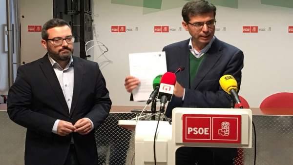Cristobal Fernández y Manuel Chicón en rueda de prensa en Antequera