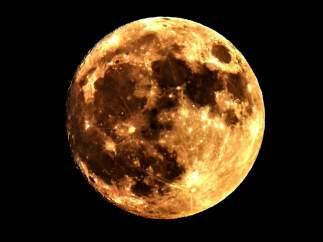 La superluna, en Macedonia
