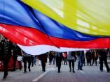 Decenas de personas celebran en segundo acuerdo de paz en Colombia