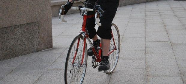 Cómo transportar la bicicleta en un avión