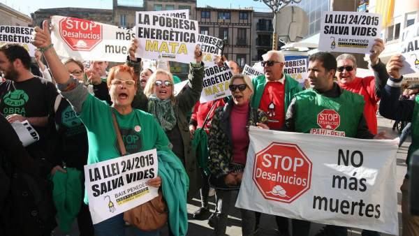 Protesta contra la pobreza energética.