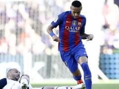 Neymar, con una sobrecarga, hará trabajo de fisioterapia esta semana