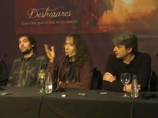 Robe Iniesta y sus músicos
