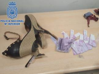 Zapatos intervenidos en Barajas