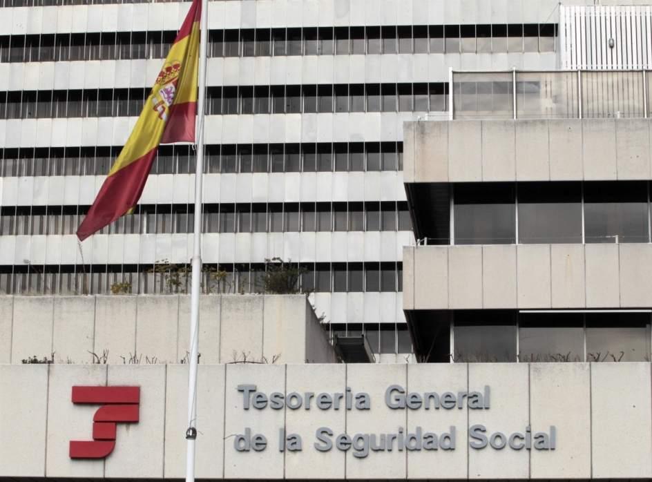 Dos detenidos y nueve investigados por defraudar casi 1 for Tesoreria seguridad social vitoria
