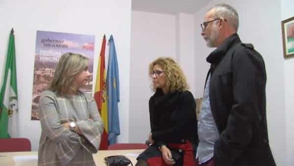 Begoña Tundidor y Rosa Arrabal en rueda de prensa.