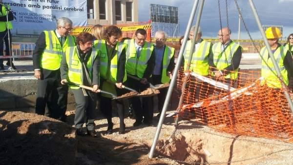 Acto de colocación de la primera piedra de una residencia en Tarragona
