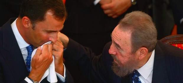 El rey Felipe y Fidel Castro
