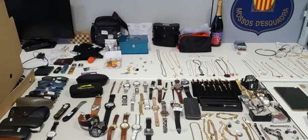 Prisión para seis miembros de un red que robaba en pisos de Catalunya.