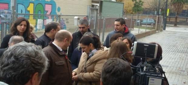 Padres del CEIP 103 protestan a las puertas del colegio
