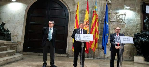 Ximo Puig junto a Aurelio Martínez y Javier Lambán