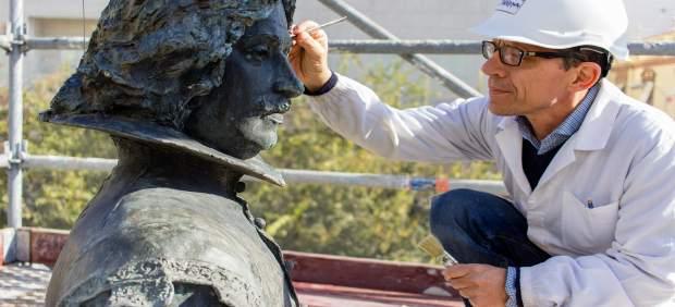 Actuación en la estatua de Velázquez.