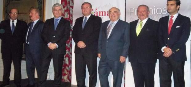 El alcalde de León, junto a los premiados a la excelencia en internacionalizació