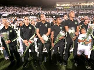 Atlético Nacional de Medellín homenajea al Chapecoense