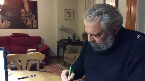 El escritor zamorano Tomás Salvador.