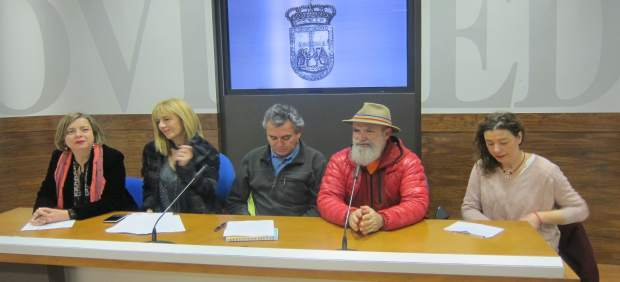 Rueda de prensa de apoyo al proceso de paz colombiano del Ayto de Oviedo.