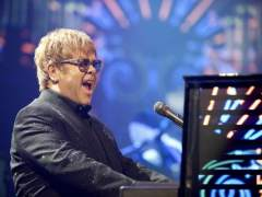 """Elton John cancela conciertos por una """"infección rara"""""""