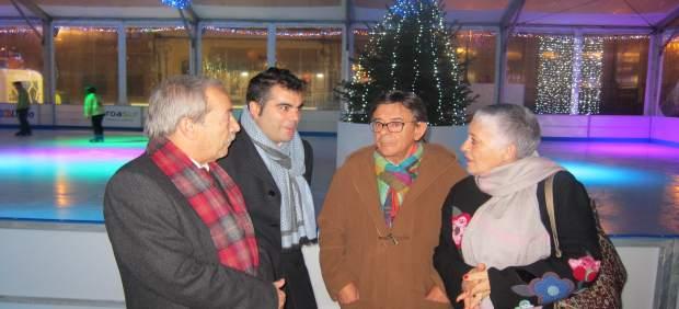 Inauguración de la pista de patinaje sobre hielo en Oviedo