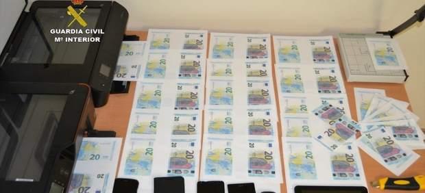 Dinero incautado por Guardia Civil a grupo organizado.
