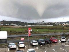 Impresionante tornado en Huelva