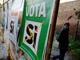 Carteles para el referéndum en Italia