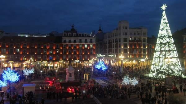 f8e5dbe08cd Valladolid da comienzo a la Navidad con el encendido de luces en más de 60  calles de la ciudad