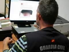 Dos detenidos por desear la muerte al niño con cáncer que quiere ser torero