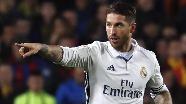 """Sergio Ramos replica a Piqué: """"Que se vista más de blanco"""""""