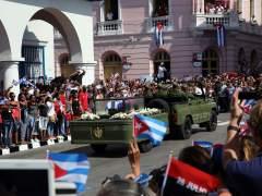 Adiós multitudinario a Fidel Castro en Santiago