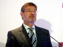 El ministro de Justicia anuncia que el fiscal relevará al juez en la investigación