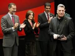 Loquillo recoge la Medalla de Oro de Bellas Artes