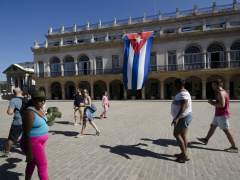 """La UE aprueba revocar la """"posición común"""" hacia Cuba"""