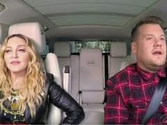 """Madonna confiesa que besó """"con lengua"""" a Michael Jackson"""