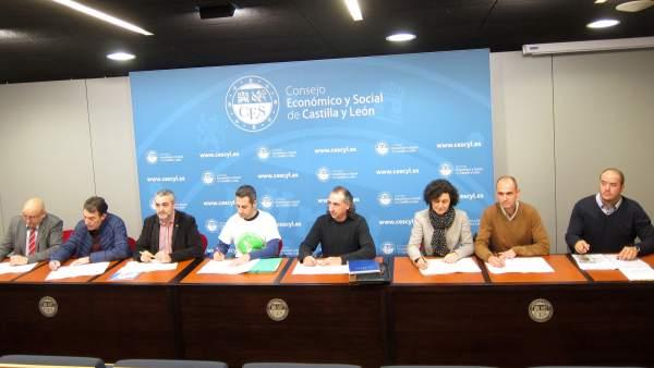 Firma del manifiesto en apoyo a la biorrefinería de Barcial del Barco (Zamora)