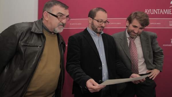David Luque (centro), en la presentación de los presupuestos de su Delegación