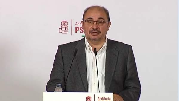 """Lambán: """"Los dioses de la política cubren con su manto a Díaz"""""""